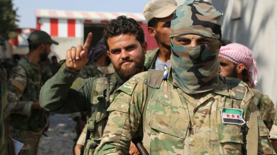 مسلحوا المعارضة السورية في ليبيا