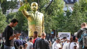 تمثال أردوغان في كولن